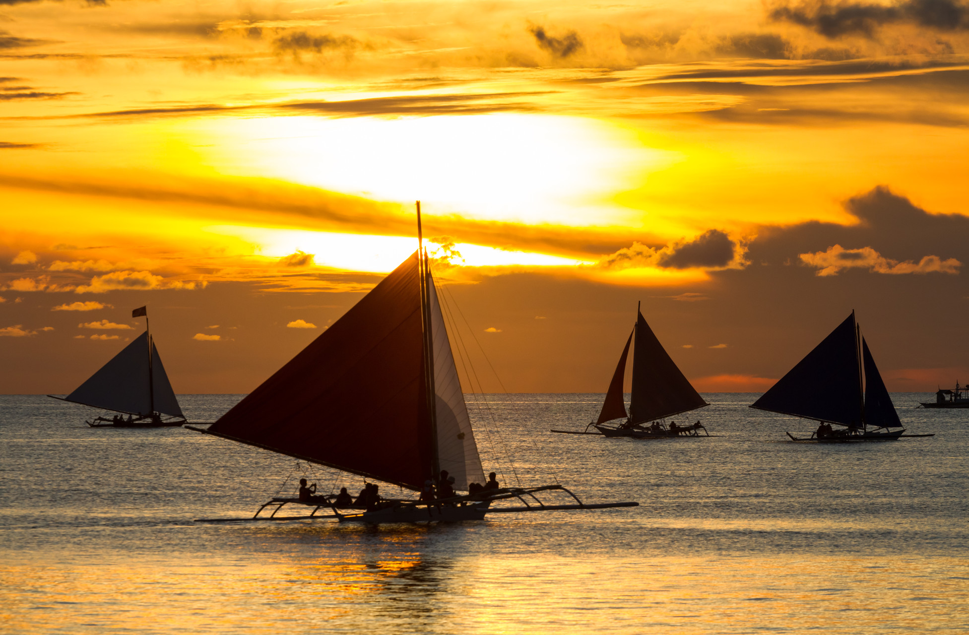 Most Amazing Places to Visit in the Philippines.