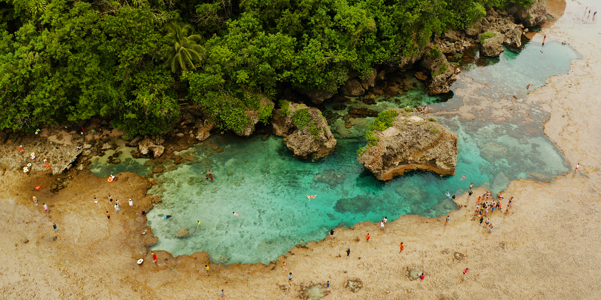 Holidays in the Philippines - Magpupungko